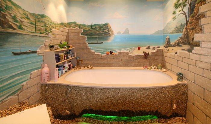 Обьемное изображение на стене ванной комнаты