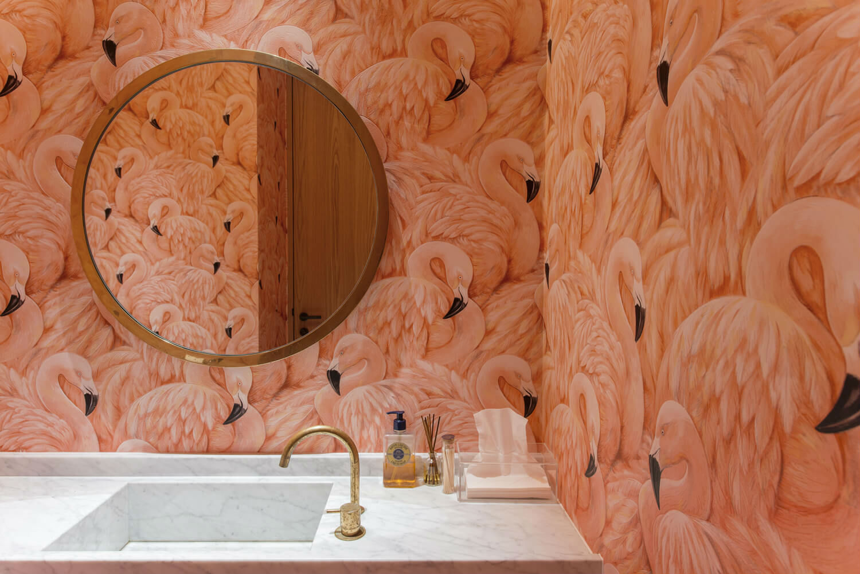 дизайн ванной комнаты с фламинго