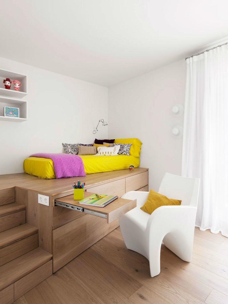спальня с рабочим местом трансформеромм