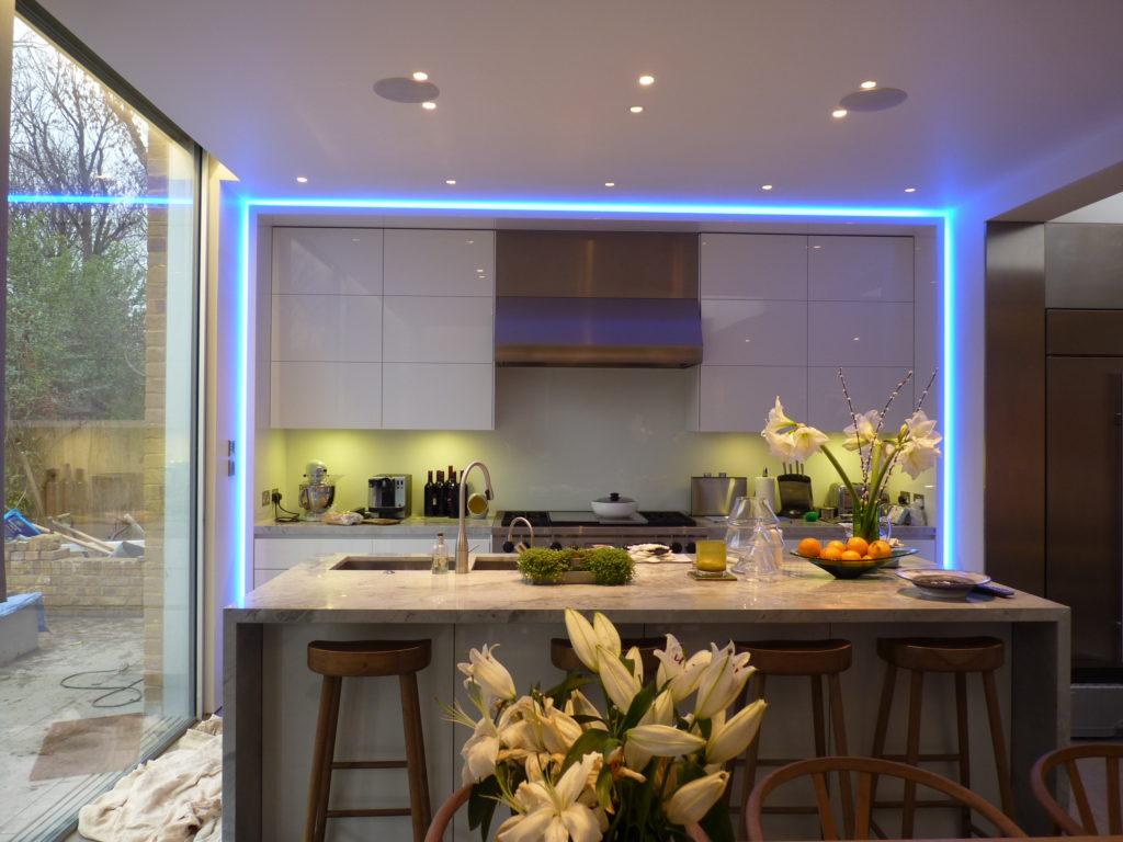 светодиодлные светильники дизайн интерьера